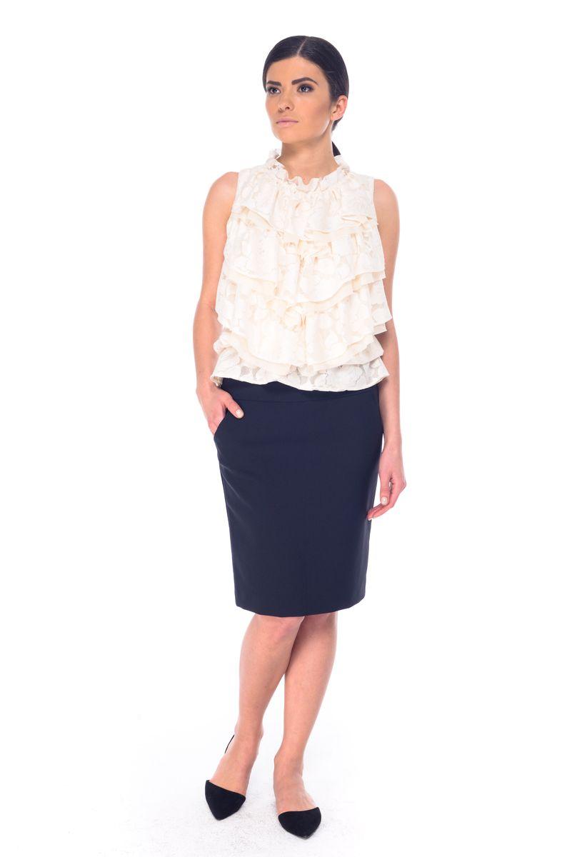 Юбка Arefeva, цвет: черный. 03053. Размер L (48)03053Стильная юбка Arefeva, выполненная из полиэстера с добавлением спандекса, обеспечит вам комфорт и удобство при носке. Юбка-карандаш средней длины застегивается сзади на скрытую застежку-молнию. Спереди модель дополнена двумя втачными карманами, сзади - одной шлицей.