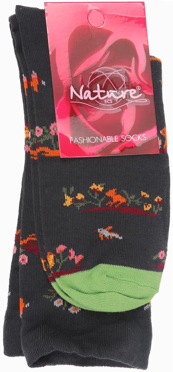 Носки женские Nature, цвет: темно-серый, оранжевый. 820ж. Размер 23/25820жУдобные женские носки Nature, изготовленные из высококачественного комбинированного материала, идеально подойдут для повседневной носки. Благодаря содержанию мягкого хлопка в составе, кожа сможет дышать, полиамид обеспечивает износостойкость, а эластан позволяет носочкам легко тянуться, что делает их комфортными в носке. Эластичная резинка плотно облегает ногу, не сдавливая ее, обеспечивая комфорт и удобство и не препятствуя кровообращению. Практичные и комфортные носки с укрепленным мыском и пяткой великолепно подойдут к вашей повседневной обуви.