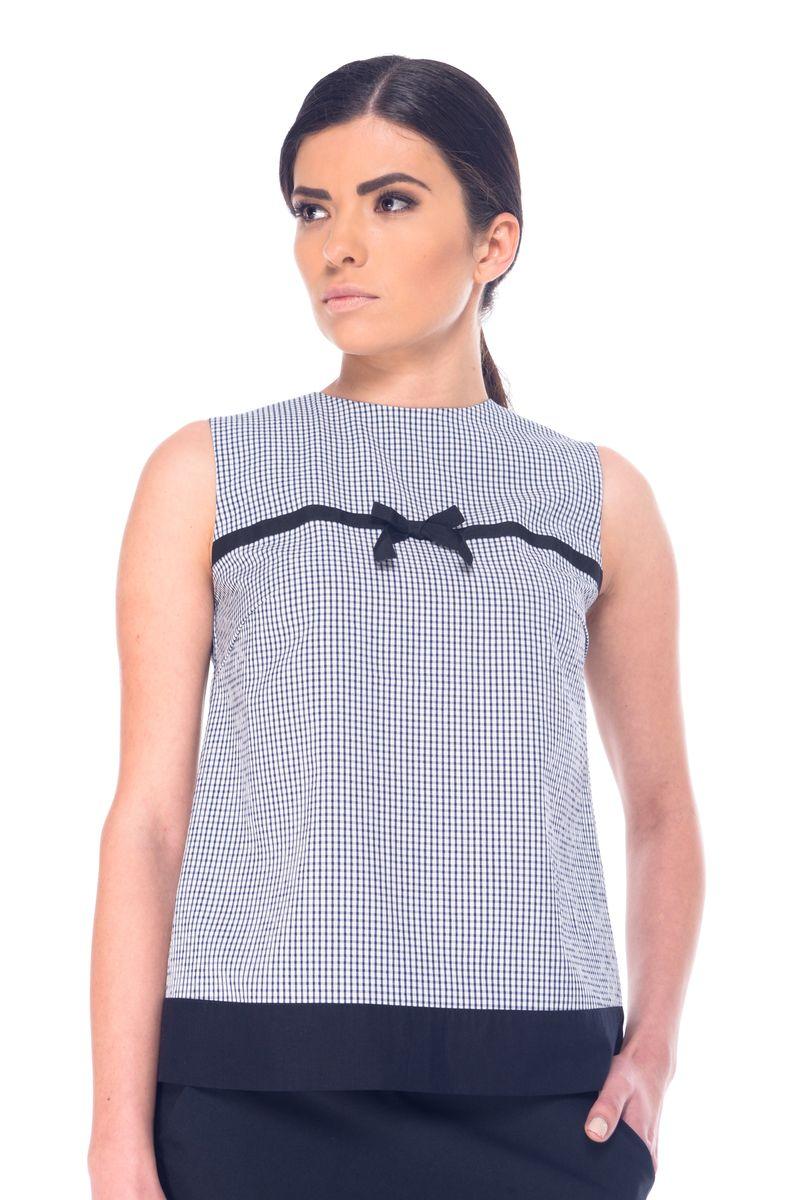 Блузка женская Arefeva, цвет: белый, темно-синий, черный. 07060. Размер L (48)07060Женская блузка Arefeva выполнена из вискозы с добавлением полиэстера и эластана. Модель с круглым вырезом горловины застегивается на пуговицы расположенные не спинке. Блузка оформлена принтом в клетку и украшена текстильной лентой с бантиком на уровне груди.