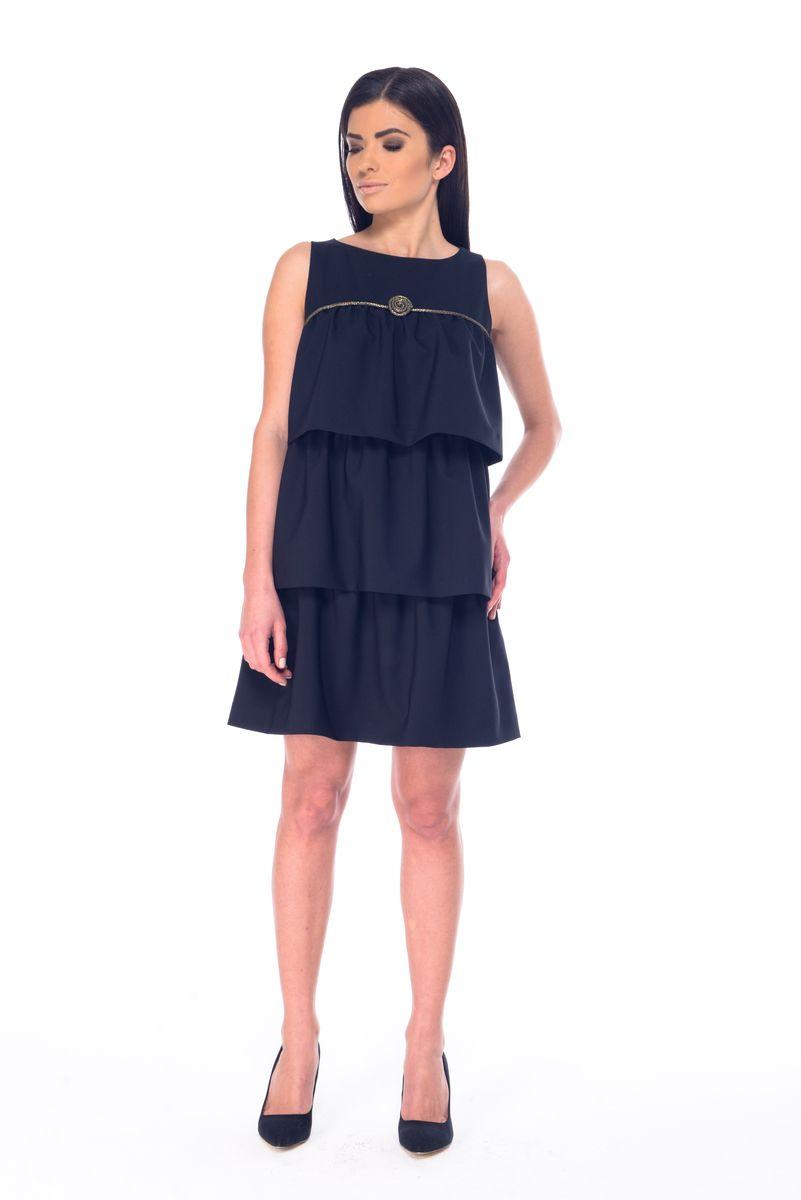 Платье Arefeva, цвет: черный. 09061. Размер XL (50)09061Платье Arefeva выполнено из полиэстера с добавлением спандекса и дополнено тонкой подкладкой. Платье-миди с круглым вырезом горловины застегивается на потайную застежку-молнию расположенную в среднем шве спинке. Перед модели оформлен оборками и оригинальным декоративным элементом.