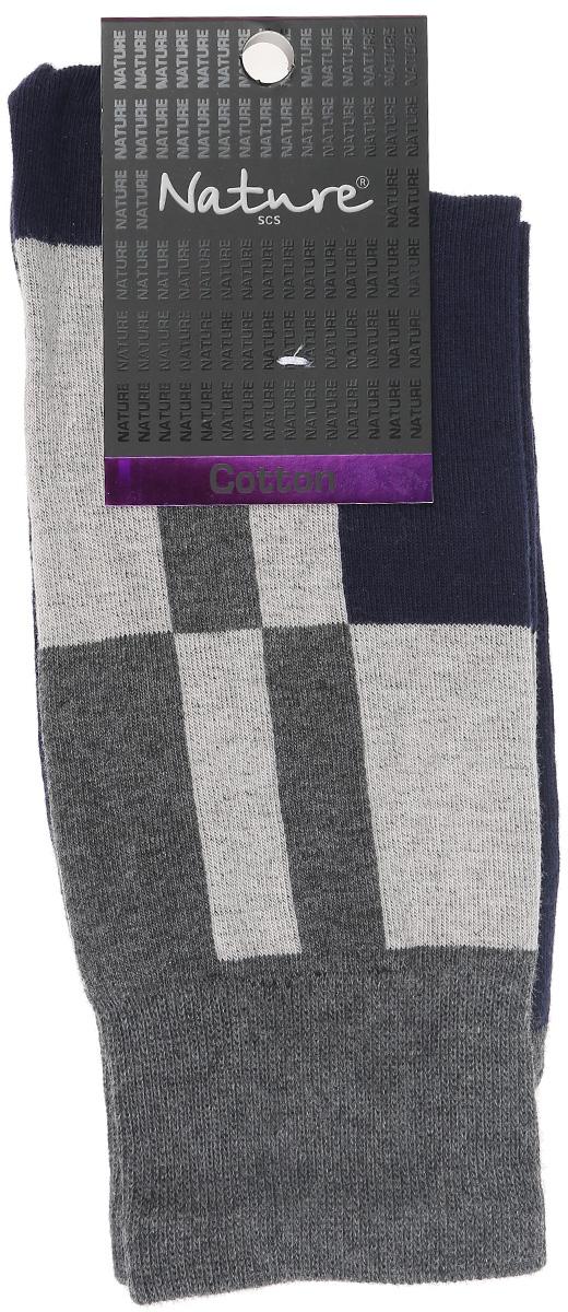 Носки мужские Nature, цвет: темно-синий, серый. 411. Размер 25/27411Удобные мужские носки Nature, изготовленные из высококачественного комбинированного материала, идеально подойдут для повседневной носки. Благодаря содержанию хлопка в составе, кожа сможет дышать, а эластан позволяет носочкам легко тянуться, что делает их комфортными в носке. Эластичная резинка плотно облегает ногу, не сдавливая ее, обеспечивая комфорт и удобство. Практичные и комфортные носки с укрепленным мыском и пяткой великолепно подойдут к вашей повседневной обуви.