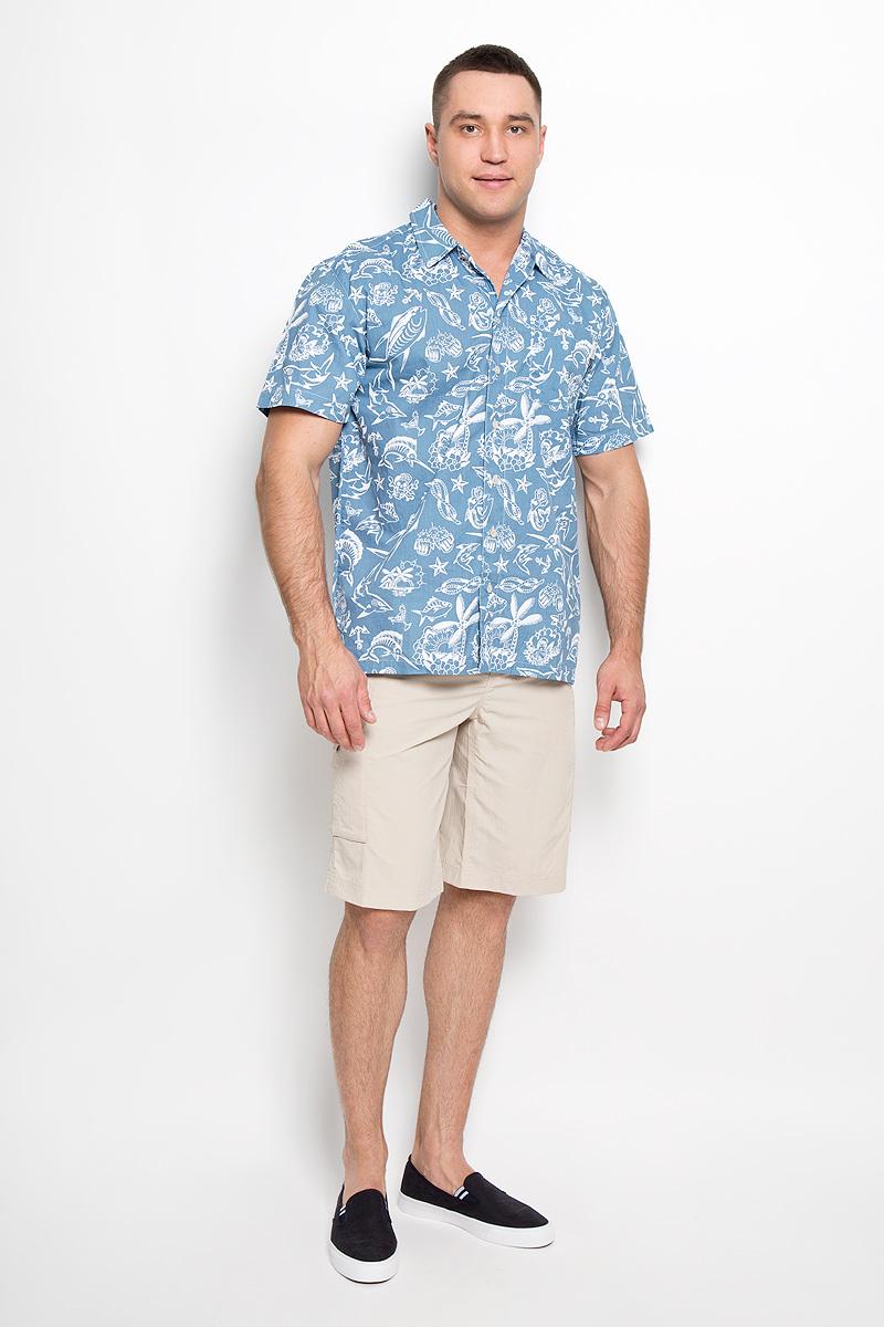 Рубашка мужская Columbia Trollers Best, цвет: серо-голубой, белый. 1438981-413. Размер S (48)1438981-413Стильная мужская рубашка Columbia Trollers Best, выполненная из натурального хлопка с сетчатыми вставками из полиэстера, подчеркнет ваш уникальный стиль и поможет создать оригинальный образ. Такой материал великолепно пропускает воздух, обеспечивая необходимую вентиляцию, а также превосходно отводит влагу от тела, благодаря чему такая рубашка подойдет для активного отдыха в жаркое время года. Рубашка с короткими рукавами и отложным воротником застегивается на пуговицы спереди. Модель дополнена открытым нагрудным карманом. Рубашка оформлена оригинальным принтом с рисунками на морскую тематику.Такая рубашка будет дарить вам комфорт в течение всего дня и послужит замечательным дополнением к вашему гардеробу.