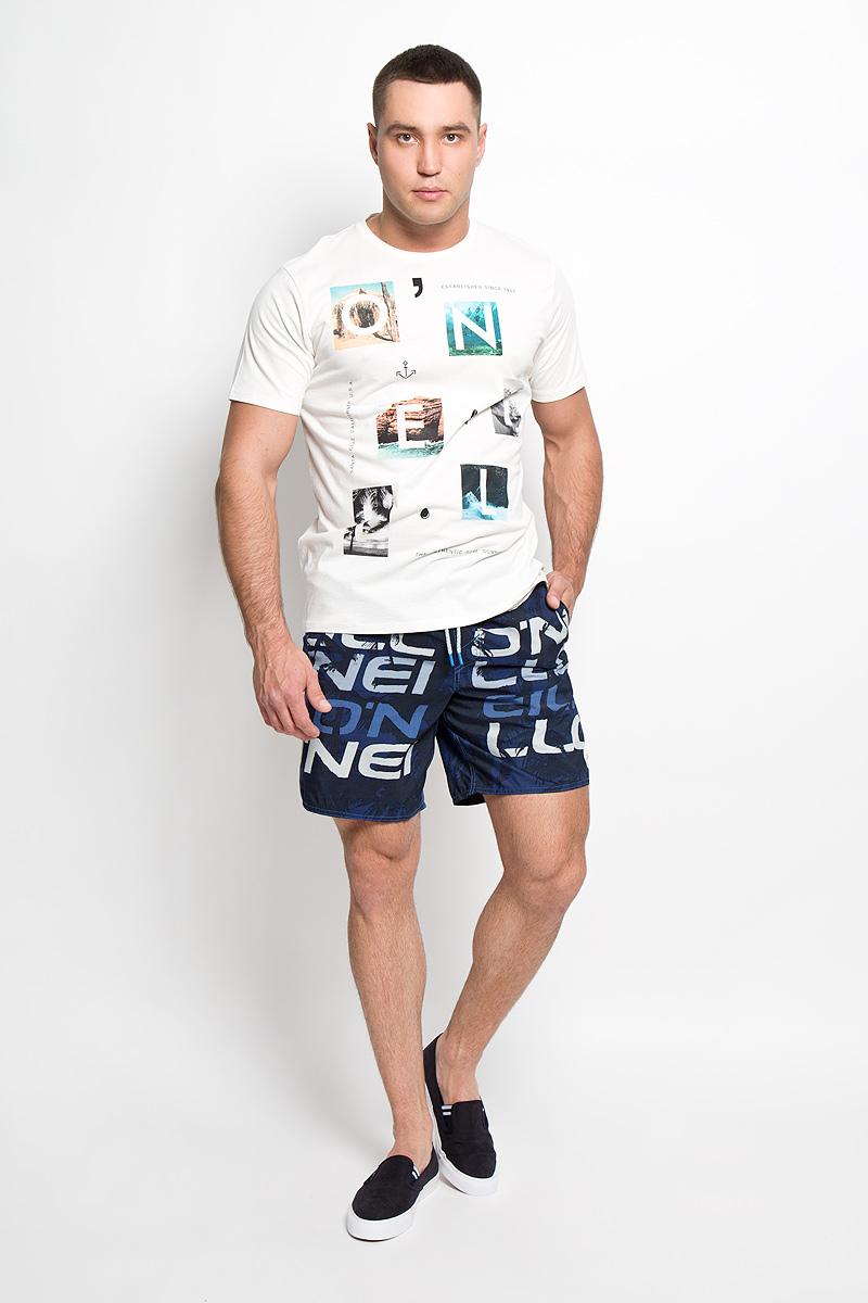 Футболка мужская ONeill, цвет: молочный. 602328-1030. Размер M (48)602328-1030Стильная мужская футболка ONeill, выполненная из высококачественного 100% хлопка, обладает высокой воздухопроницаемостью и гигроскопичностью, позволяет коже дышать. Такая футболка великолепно подойдет как для повседневной носки, так и для спортивных занятий.Модель с короткими рукавами и круглым вырезом горловины - идеальный вариант для создания модного современного образа. Футболка оформлена принтом с изображением букв на фоне красочных фотографий.Такая модель подарит вам комфорт в течение всего дня и послужит замечательным дополнением к вашему гардеробу.