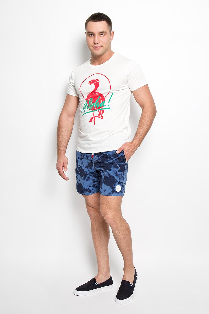 Футболка мужская ONeill, цвет: молочный. 602337-1030. Размер M (48)602337-1030Стильная мужская футболка ONeill, выполненная из высококачественного хлопка с добавлением полиэстера, обладает высокой воздухопроницаемостью и гигроскопичностью, позволяет коже дышать. Такая футболка великолепно подойдет как для повседневной носки, так и для спортивных занятий.Модель с короткими рукавами и круглым вырезом горловины - идеальный вариант для создания модного современного образа. Футболка оформлена принтом с изображением фламинго и надписью Aloha!.Такая модель подарит вам комфорт в течение всего дня и послужит замечательным дополнением к вашему гардеробу.