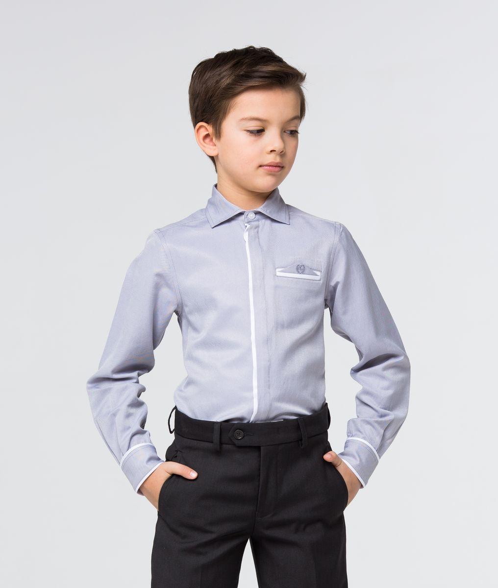 Рубашка для мальчика Silver Spoon, цвет: серый жемчуг. SSFSB-629-13834-803. Размер 164SSFSB-629-13834-803Модная рубашка для мальчика Silver Spoon изготовлена из натурального хлопка с добавлением полиэстера. Рубашка с отложным воротником и длинными рукавами застегивается на пуговицы. На манжетах также имеются застежки-пуговицы. Изделие оформлено на груди прорезным карманом с оригинальной вставкой с вышивкой.