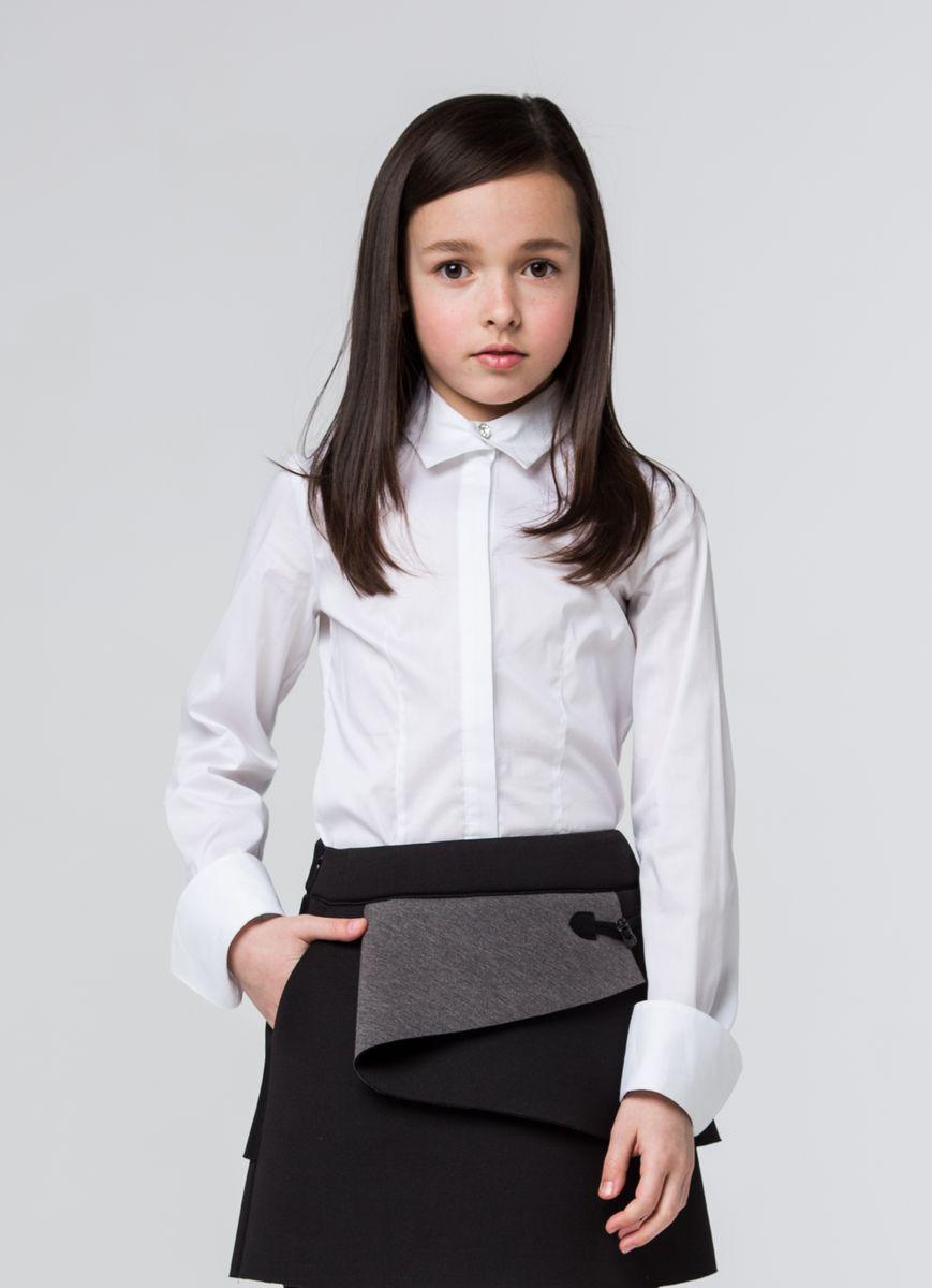 Блузка для девочки Silver Spoon, цвет: белый. SSFSG-629-23003-200. Размер 134SSFSG-629-23003-200Очаровательная блузка Silver Spoon станет отличным дополнением к школьному гардеробу вашей девочки. Модель изготовлена из хлопка с добавлением полиамида и эластана.Блузка с отложным воротником и длинными рукавами застегивается спереди на пуговицы и кнопку, скрытые под планкой. Манжеты рукавов оснащены застежками-пуговицами и дополнены отворотами.