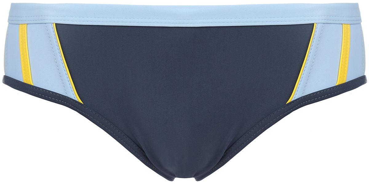 Плавки мужские Emdi, цвет: сине-серый, голубой. 07-0409-100. Размер 4207-0409-100_03+41+44Мужские плавки Emdi, изготовленные из эластичного полиамида, быстро сохнут и сохраняют первоначальный вид и форму даже при длительном использовании. Модель-слип с высоким вырезом вокруг бедер, дополненным эластичной резинкой, имеет плоские швы. Удобная посадка и широкая резинка на талии, регулируемая скрытым шнурком, обеспечат наибольший комфорт. Оформлено изделие контрастными боковыми вставками. Модель создана для тех, кто предпочитает удобство, практичность и современный дизайн. Плавки подходят как для занятий спортом, так и для пляжного отдыха.