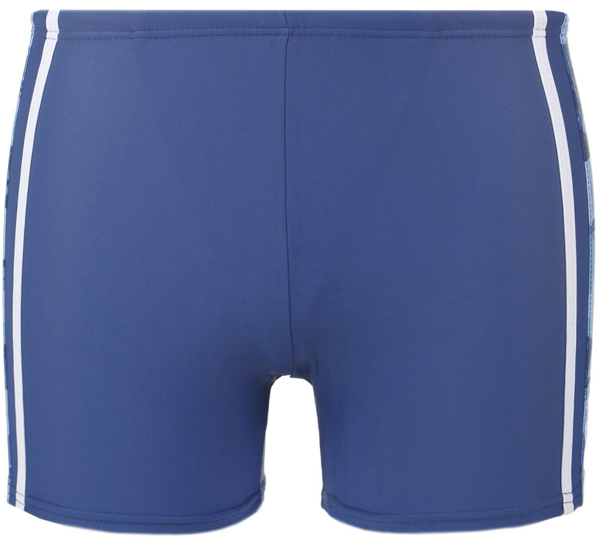 Плавки-шорты мужские Emdi, цвет: синий, голубой. 07-0603-200. Размер 4207-0603-200_41Мужские плавки-шорты Emdi, изготовленные из эластичного полиамида, быстро сохнут и сохраняют первоначальный вид и форму даже при длительном использовании. Удобная посадка, плоские швы и широкая резинка на талии, регулируемая скрытым шнурком, обеспечат наибольший комфорт. Оформлено изделие контрастными боковыми вставками, лампасами и термоаппликацией в виде названия бренда. Модель создана для тех, кто предпочитает удобство, практичность и современный дизайн. Плавки-шорты подходят как для занятий спортом, так и для пляжного отдыха.