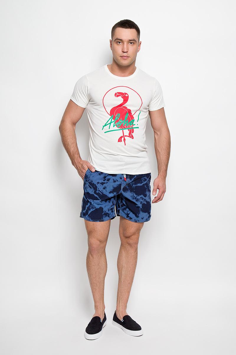 Шорты мужские ONeill, цвет: синий, темно-синий. 603222-5900. Размер XL (52)603222-5900Мужские летние шорты ONeill станут отличным дополнением к вашему спортивному гардеробу. Они выполнены из полиамида и имеют подкладку из полиэстера, благодаря чему удобно сидят, обладают высокой износостойкостью, быстро сохнут и превосходно отводят влагу от тела, оставляя кожу сухой.Модель дополнена широкой эластичной резинкой на поясе. Объем талии регулируется при помощи шнурка-кулиски в поясе. Шорты дополнены двумя втачными карманами на липучках спереди и одним накладным карманом сзади, закрывающимся на клапан с кнопкой и липучкой. Шорты оформлены оригинальным вареным принтом и украшены имитацией ширинки. Изделие оснащено сетчатой несъемной вставкой в виде трусов-слипов.Эти модные свободные шорты идеально подойдут для повседневной носки, а также бега, фитнеса и других спортивных упражнений. В них вы всегда будете чувствовать себя уверенно и комфортно.