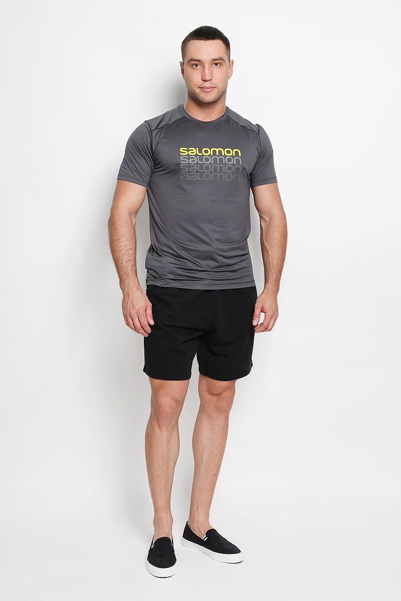 Футболка для бега мужская Salomon Cosmic Logo, цвет: серый. L38077400. Размер XL (56/58)L38077400Мужская футболка для бега Salomon Cosmic Logo, выполненная из легкой дышащей ткани с антимикробным покрытием, защищает от ультрафиолета. и Оригинальный крой с плоскими швами исключает риск натирания. Такая футболка прекрасно подойдет для летнего отдыха или тренировок. Модель с короткими рукавами и круглым вырезом горловины оформлена логотипом бренда. Такая модель подарит вам комфорт в течение всей тренировки и послужит замечательным дополнением к вашему спортивному гардеробу.