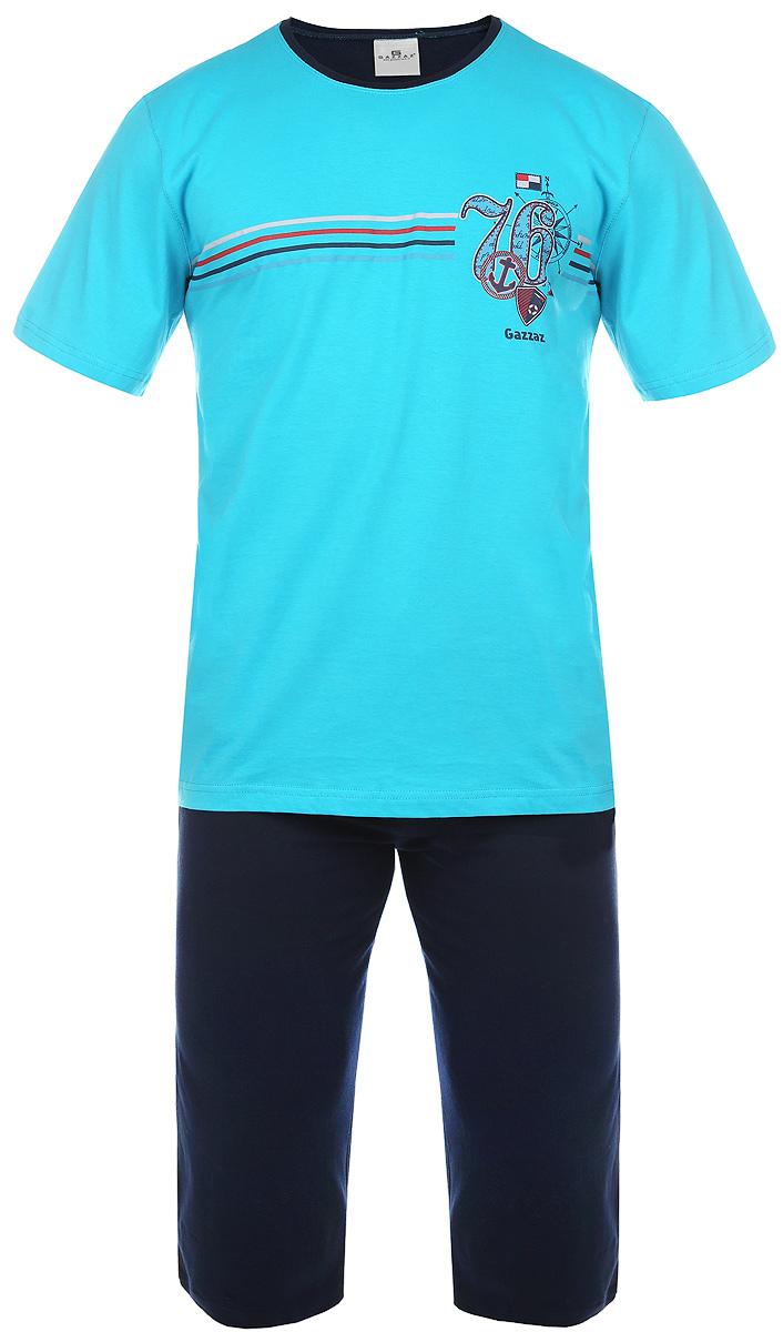 Комплект мужской Gazzaz: футболка, капри, цвет: голубой, темно-синий. 719230067. Размер M (46)719230067Мужской комплект одежды Vienettas Secret состоит из брюк-капри и футболки. Комплект изготовлен из приятного на ощупь высококачественного натурального хлопка, он станет незаменимым элементом вашего домашнего гардероба. Все элементы комплекта превосходно сидят, не сковывают движения, великолепно пропускают воздух и позволяют коже дышать, что делает их удобными для повседневной носки. Капри дополнены широкой эластичной резинкой на поясе и двумя втачными карманами по бокам. Объем талии регулируется при помощи шнурка-кулиски.Футболка с круглым вырезом горловины и короткими рукавами украшена принтом на морскую тематику. Этот практичный и модный комплект - настоящее воплощение комфорта. В нем вы всегда будете чувствовать себя удобно и уютно.
