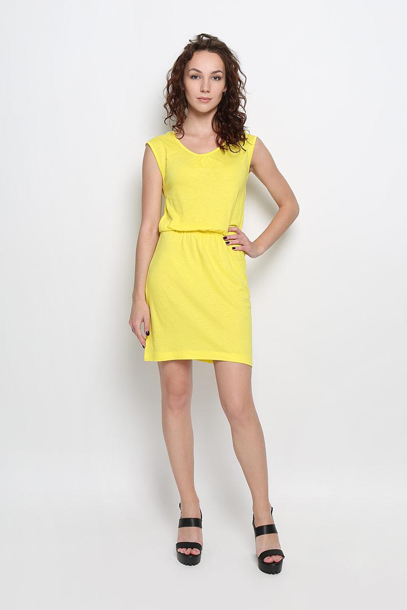 Платье Sela Casual, цвет: желтый. Dksl-117/831-6226. Размер M (46)Dksl-117/831-6226Яркое платье Sela Casual поможет создать привлекательный женственный образ. Изделие выполнено из хлопка и вискозы, очень мягкое, приятное к телу, не сковывает движения и хорошо вентилируется.Модель с круглым вырезом горловины дополнена по спинке кружевной вставкой. Линию талии подчеркивает эластичная резинка.Это эффектное платье займет достойное место в вашем гардеробе!