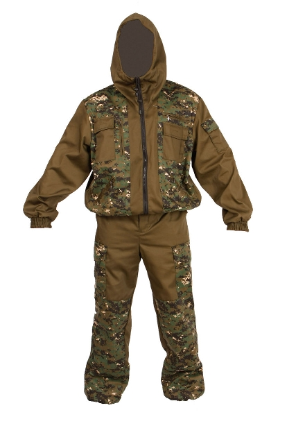 Костюм мужской Тайга Север Охотник-Штурм, цвет: камуфляж, темный лес. 55799. Размер 60/62-170/176Костюм Охотник-Штурм: куртка, брюкиКостюм состоит из куртки и брюк. Изготовлен из смесовых тканей лесных и камуфлированных расцветок. Куртка:- укороченная.- центральная застежка на молнию.- 4 кармана на молнии, 3 объемных накладных кармана на груди и рукаве.- низ куртки на поясе и низ рукавов на манжетах собраны на резину.- капюшон с регулировкой по лицевому вырезу. Брюки:- прямого силуэта, с гульфиком на молнии.- 2 накладных боковых кармана и один задний объемный карман с клапаном.- усилительные накладки в области коленей.- пояс собран по бокам эластичной тесьмой, со шлевками под ремень.