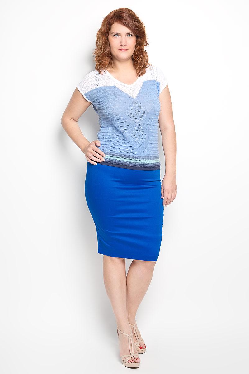 Джемпер женский Milana Style, цвет: голубой, белый, темно-синий. w269. Размер M (46)w269Женский джемпер Milana Style, выполненный из хлопка и ПАН, станет отличным дополнением к вашему гардеробу. Благодаря своему составу, он мягкий, приятный на ощупь, не сковывает движения и хорошо пропускает воздух.Модель с короткими рукавами имеет V-образный вырез горловины. Изделие оформлено вязаным узором. Контрастная расцветка выгодно подчеркнет достоинства женской фигуры. Современный дизайн и отличное качество делают этот джемпер модным и стильным предметом женской одежды, в нем вы всегда будете чувствовать себя уютно и комфортно.