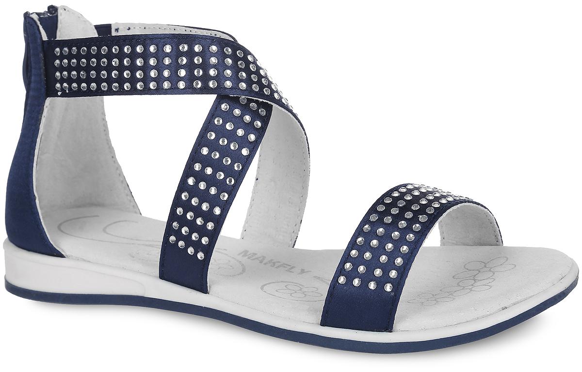 Сандалии для девочки MakFly, цвет: темно-синий. 142-502-5. Размер 31142-502-5Модные сандалии от MakFly придутся по душе вашей моднице и идеально подойдут для повседневной носки в летнюю погоду! Модель изготовлена из текстиля и оформлена стразами. Один из ремешков, переплетенных на подъеме, дополнен эластичной резинкой для надежной посадки модели на ноге ребенка. Задник оснащен застежкой-молнией. Внутренняя поверхность и стелька из натуральной кожи комфортны при ходьбе. Подошва с рифлением обеспечивает отличное сцепление с любой поверхностью. Стильные сандалии - незаменимая вещь в гардеробе каждой девочки!