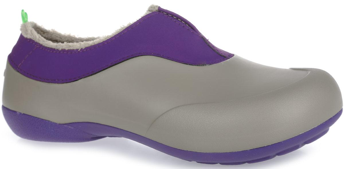 Галоши женские Gow, цвет: серый, пурпурный. GW-2M. Размер 36GW-2MОчень легкие галоши от Gow с закрытой пяткой и закрытым мыском, выполненные из ЭВА материала - это превосходный вид обуви. Модель имеет несъемный утеплитель удобный для одевания и снимания, который защитит ваши ноги от зябкого межсезонья.Материал ЭВА имеет пористую структуру, обладает великолепными теплоизоляционными и морозостойкими свойствами, 100% водонепроницаемостью, придает обуви амортизационные свойства, мягкость при ходьбе, устойчивость к истиранию подошвы. Рельефное основание подошвы обеспечивает уверенное сцепление с любой поверхностью.Удобные галоши прекрасно подойдут для работы в огороде, а также для носки в непогоду.