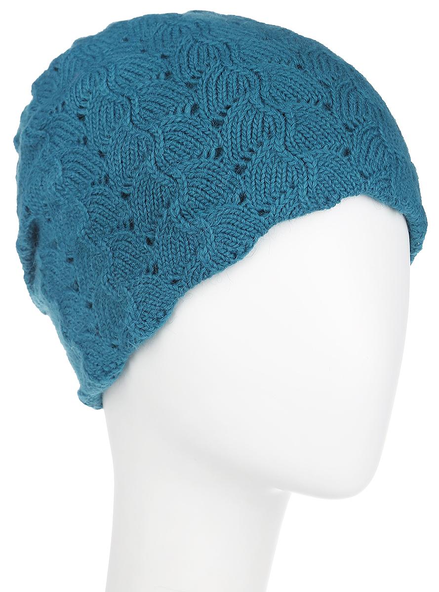 Шапка женская Dispacci Джулия, цвет: бирюзовый. 21025A. Размер 5821025AВязаная женская шапка Dispacci Джулия отлично подойдет для вас в холодную погоду. Изготовленная из высококачественной итальянской пряжи с содержанием шерсти, она мягкая и приятная на ощупь, обладает хорошими дышащими свойствами и максимально удерживает тепло. Удлиненная модель шапки идеально подходит для любого типа лица и никогда не выходит из моды. Изделие оформлено вязаным рисунком. Декорирована шапка небольшой металлической пластиной с названием бренда.Шапка не только теплый головной убор, но и изящный аксессуар. Она подчеркнет ваш стиль и индивидуальность!Уважаемые клиенты!Размер, доступный для заказа, является обхватом головы.