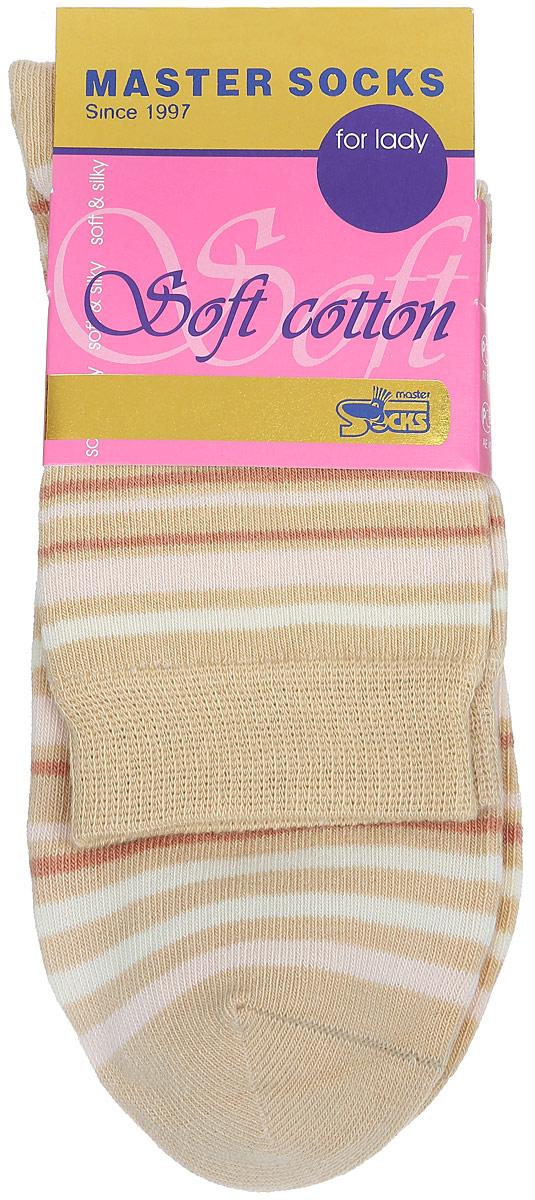 Носки женские Master Socks, цвет: бежевый. 85013. Размер 2385013Удобные носки Master Socks, изготовленные из высококачественного комбинированного материала, очень мягкие и приятные на ощупь, позволяют коже дышать.Эластичная резинка плотно облегает ногу, не сдавливая ее, обеспечивая комфорт и удобство. Модель с стандартным паголенком оформлена принтом в полоску.Удобные и комфортные носки великолепно подойдут к любой вашей обуви.