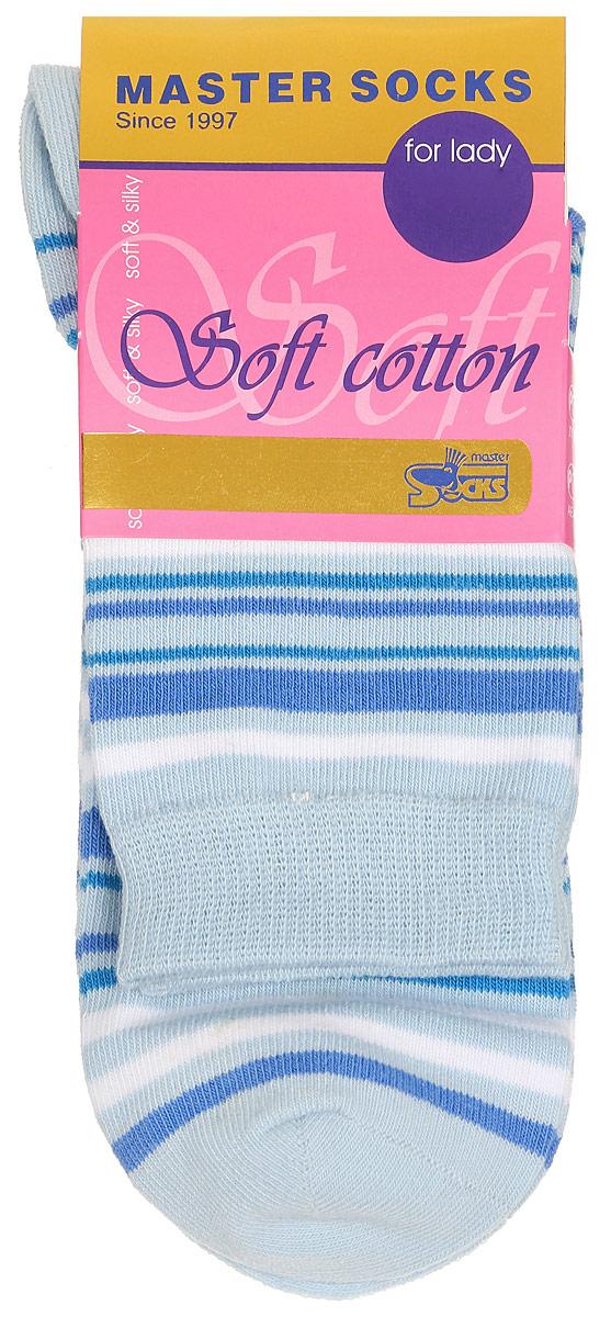 Носки женские Master Socks, цвет: голубой. 85013. Размер 2385013Удобные носки Master Socks, изготовленные из высококачественного комбинированного материала, очень мягкие и приятные на ощупь, позволяют коже дышать.Эластичная резинка плотно облегает ногу, не сдавливая ее, обеспечивая комфорт и удобство. Модель с стандартным паголенком оформлена принтом в полоску.Удобные и комфортные носки великолепно подойдут к любой вашей обуви.