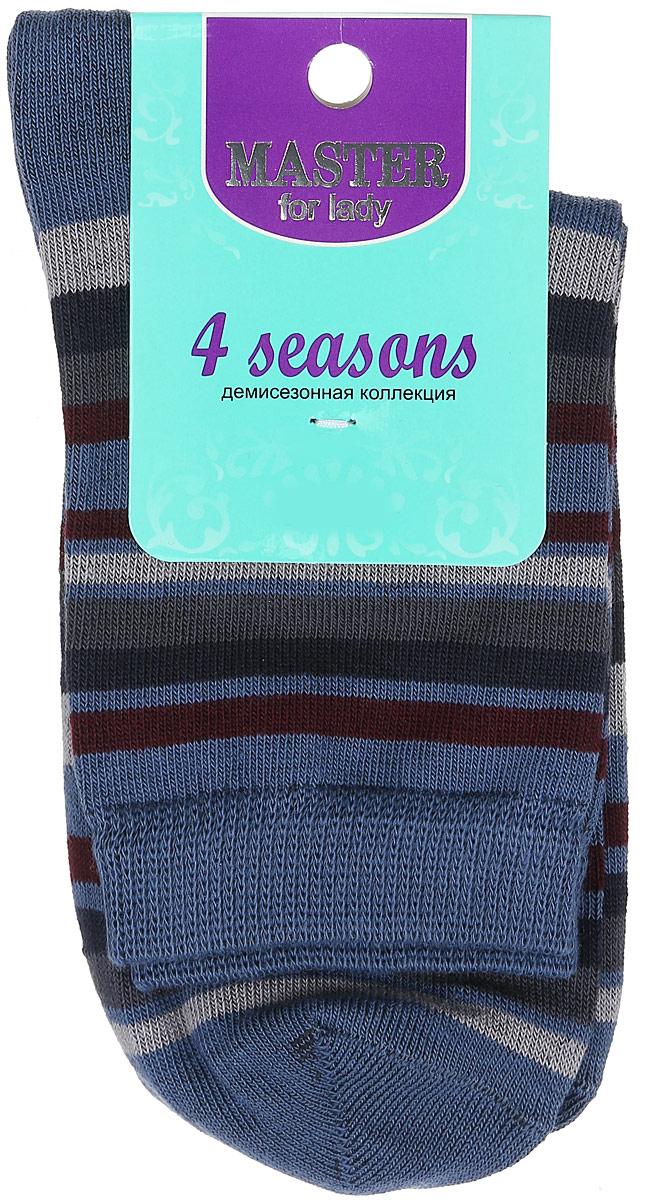 Носки женские Master Socks, цвет: синий, мультиколор. 55002. Размер 2355002Удобные носки Master Socks, изготовленные из высококачественного комбинированного материала, очень мягкие и приятные на ощупь, позволяют коже дышать. Эластичная резинка плотно облегает ногу, не сдавливая ее, обеспечивая комфорт и удобство. Носки с паголенком классической длины оформлены принтом в полоску. Практичные и комфортные носки великолепно подойдут к любой вашей обуви.