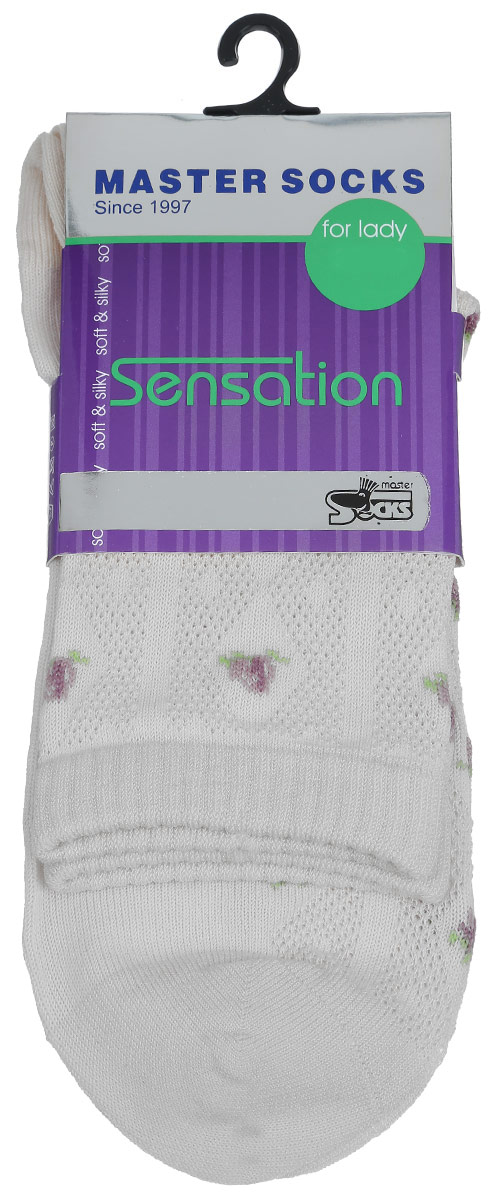 Носки женские Master Socks, цвет: светло-серый. 85702. Размер 2585702Удобные носки Master Socks, изготовленные из высококачественного комбинированного материала, очень мягкие и приятные на ощупь, позволяют коже дышать.Эластичная резинка плотно облегает ногу, не сдавливая ее, обеспечивая комфорт и удобство. Носки оформлены полупрозрачным орнаментом.Практичные и комфортные носки великолепно подойдут к любой вашей обуви.