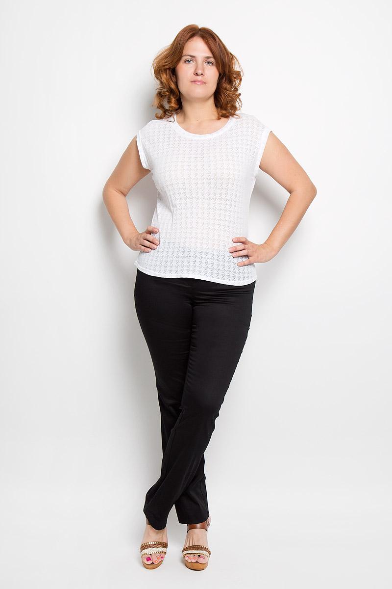 Брюки женские Milana Style, цвет: черный. 40316. Размер XL (50)40316Женские брюки Milana Style, выполненные из хлопка с добавлением полиамида, прекрасно дополнят ваш образ. Материал легкий, мягкий и приятный на ощупь, не сковывает движения, позволяет коже дышать.Брюки прямого кроя и стандартной посадки на поясе застегиваются на пуговицу и имеют ширинку на застежке-молнии.Такая модель брюк будет дарить вам комфорт в течение всего дня и станет отличным дополнением к вашему гардеробу.