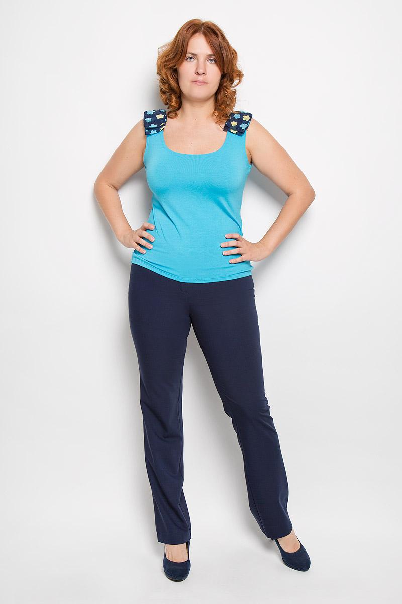 Брюки женские Milana Style, цвет: темно-синий. 40316. Размер XL (50)40316Женские брюки Milana Style, выполненные из хлопка с добавлением полиамида, прекрасно дополнят ваш образ. Материал легкий, мягкий и приятный на ощупь, не сковывает движения, позволяет коже дышать.Брюки прямого кроя и стандартной посадки на поясе застегиваются на пуговицу и имеют ширинку на застежке-молнии.Такая модель брюк будет дарить вам комфорт в течение всего дня и станет отличным дополнением к вашему гардеробу.
