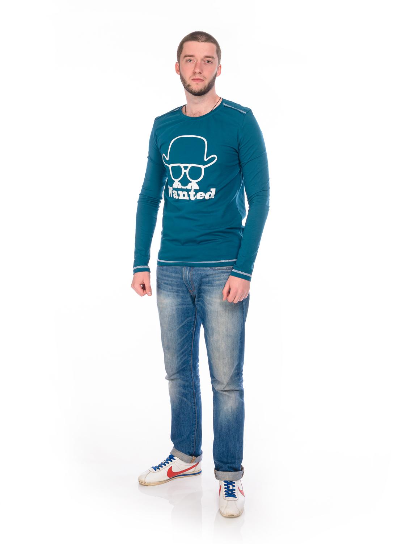 Лонгслив мужской RAV, цвет: темно-синий. RAV01-023. Размер L (50)RAV01-023Мужской лонгслив RAV выполнен из эластичного хлопка.Модель с круглым вырезом горловины и длинными рукавами спереди оформлена оригинальным принтом.