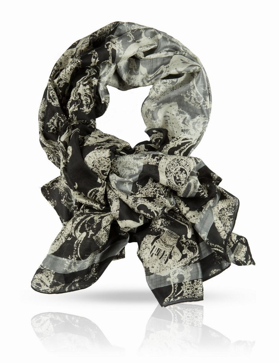Палантин Michel Katana, цвет: черный, серый. SN-CROWN/BL.SILVER. Размер 100 x 190 смSN-CROWN/BL.SILVERПалантин выполнен из натурального шелка ручного плетения. Качество этого палантина Michel Katana позволяет с гордостью носить его в любом обществе: чистейший шелк ручной скрутки, ручная печать и филигранная подшивка края - выбор настоящих ценителей.