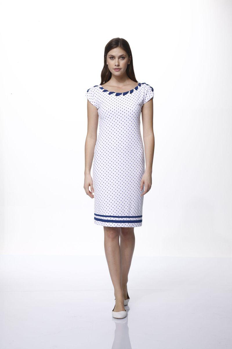 Платье домашнее Relax Mode, цвет: синий, белый. 45610. Размер M (46)45610Домашнее платье Relax Mode выполнено из вискозы и оформлено принтом в горох. Платье с круглым вырезом горловины и без рукавов дополнено металлическими люверсами, через которые продета лента. Спинка оформлена небольшим вырезом.