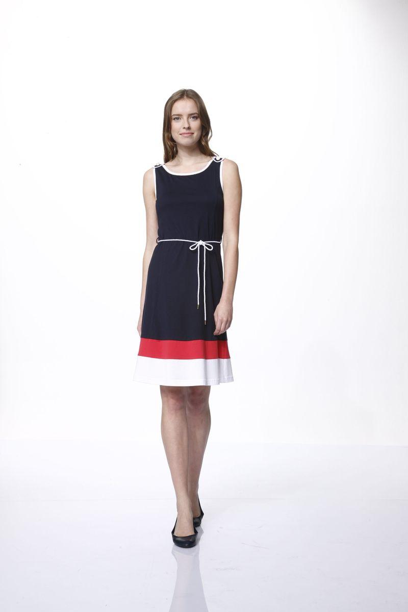 Платье Relax Mode, цвет: темно-синий, белый, красный. 43. Размер M (46)43Платье Relax Mode выполнено из хлопка и модала. Модель с воротником-лодочкой оформлена декоративными металлическими пуговицами и дополнена поясом в виде веревки.
