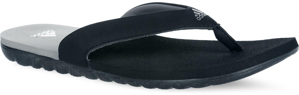 Сланцы мужские adidas Calo 3, цвет: черный. G15878. Размер 9 (42)G15878Стильные сланцы от adidas Calo 3 - отличный выбор для летнего отдыха. Верх модели выполнен из комбинации искусственной кожи и ЭВА материала и оформлен названием бренда. Поверхность верхней части подошвы из ЭВА материала предотвращает выскальзывание ноги. Рельефное основание литой подошвы обеспечивает уверенное сцепление с любой поверхностью. Удобные сланцы прекрасно подойдут для похода в бассейн или на пляж.