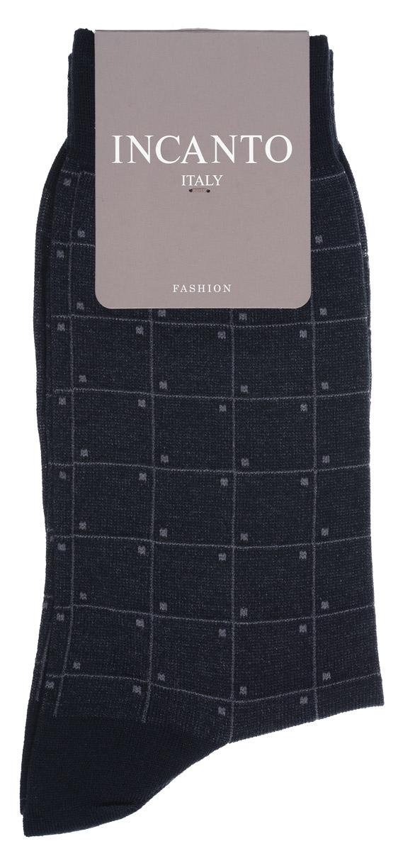 Носки мужские Incanto, цвет: темно-серый. BU733031. Размер 42/43BU733031Мужские носки Incanto изготовлены из хлопка с добавлением полиамидных волокон, которые обеспечивают великолепную посадку. Удобная широкая резинка идеально облегает ногу, усиленные пятка и мысок повышают износоустойчивость носка. Модель оформлена принтом с квадратами.