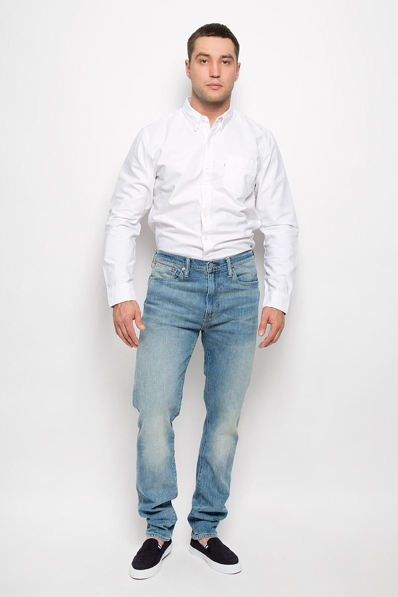 Джинсы мужские Levis® 508, цвет: голубой. 1650805120. Размер 31-32 (46/48-32)1650805120Стильные мужские джинсы Levis® 508 станут отличным дополнением к вашему гардеробу. Изготовленные из хлопка с добавлением эластана, они мягкие и приятные на ощупь, не сковывают движения и позволяют коже дышать.Джинсы-слим средней посадки застегиваются на металлическую пуговицу по поясу и имеют ширинку на застежке-молнии, а также шлевки для ремня. Модель имеет классический пятикарманный крой: спереди - два втачных кармана и один маленький накладной, а сзади - два накладных кармана. Изделие оформлено эффектом искусственного состаривания денима: легкие потертости. Современный дизайн и расцветка делают эти джинсы модным предметом одежды. Это идеальный вариант для тех, кто хочет заявить о себе и своей индивидуальности и отразить в имидже собственное мировоззрение.