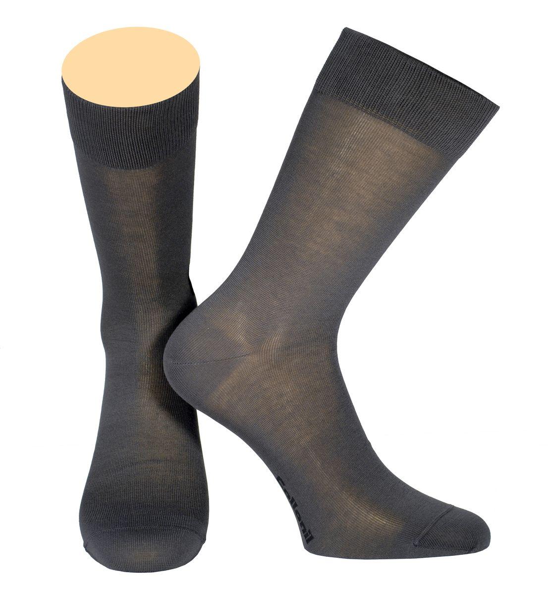 Носки мужские Collonil, цвет: темно-серый. 142/32. Размер 39-41142/32Мужские носки Collonil изготовлены из мерсеризованного хлопка.Носки с удлиненным паголенком. Широкая резинка не сдавливает и комфортно облегает ногу.