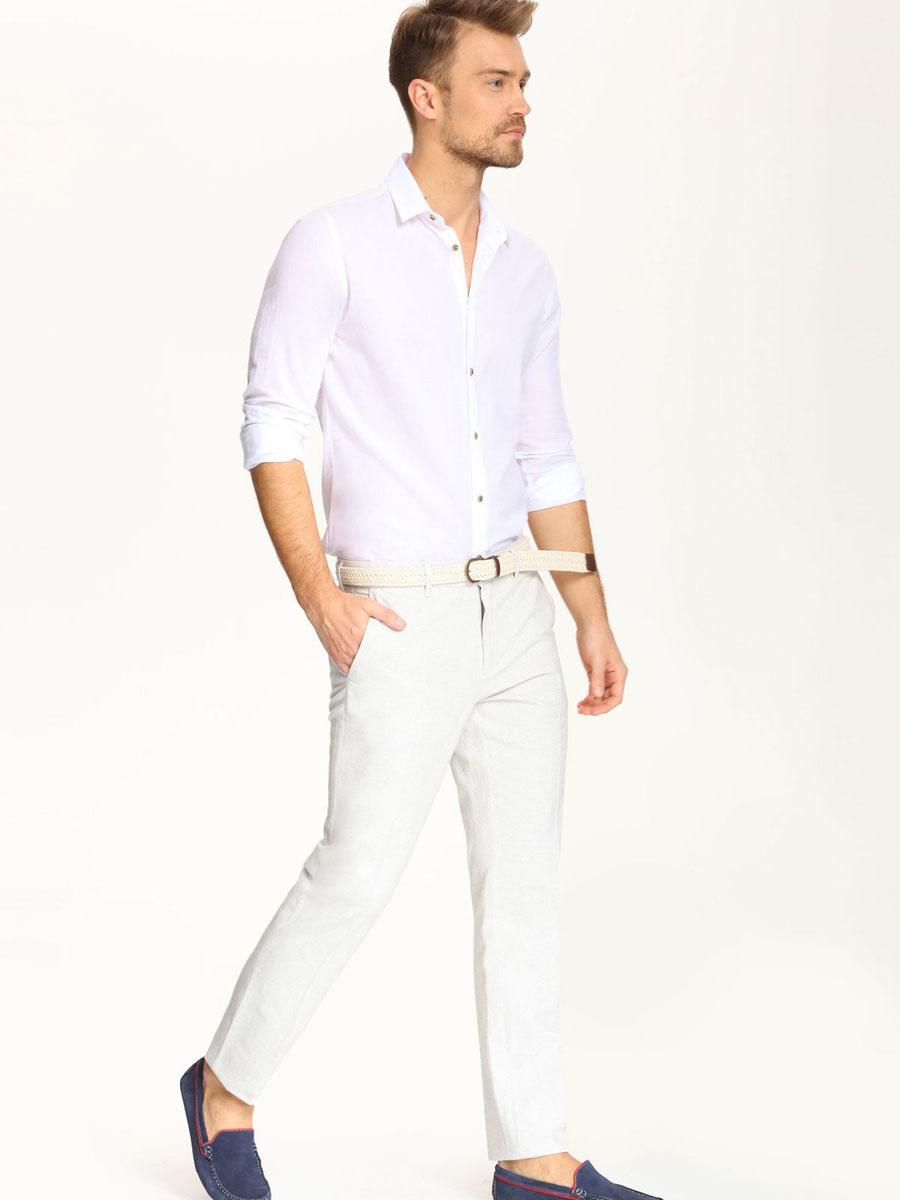 Рубашка мужская Top Secret, цвет: белый. SKL2018BI. Размер 44/45 (52)SKL2018BIСтильная мужская рубашка Top Secret, выполненная из 100% хлопка, подчеркнет ваш уникальный стиль и поможет создать оригинальный образ. Рубашка с длинными рукавами и отложным воротником застегивается на пуговицы спереди. Рукава изделия дополнены манжетами, которые также застегиваются на пуговицы.