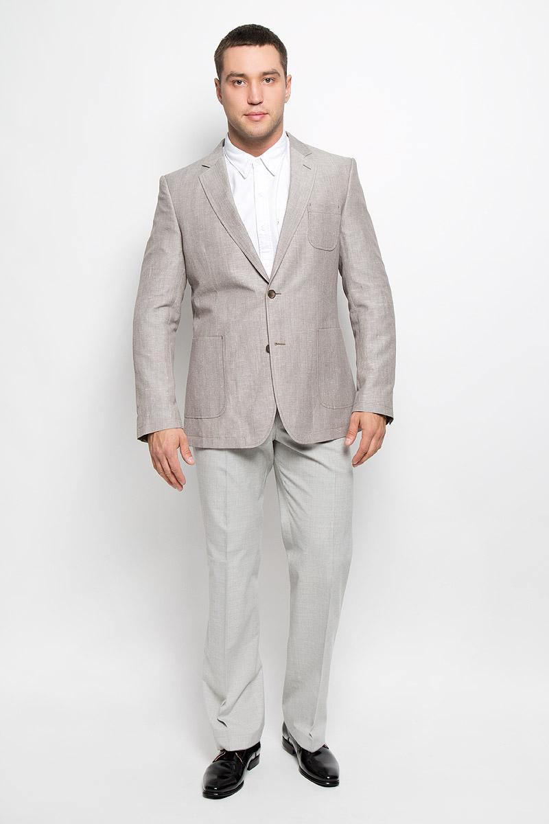 Пиджак мужской BTC, цвет: светло-серый. 00-00006861_12.013448. Размер 50-17600-00006861_12.013448Классический мужской пиджак BTC изготовлен из высококачественного материала, приятного на ощупь и обеспечивающего комфорт и удобство при носке. Подкладка изделия выполнена из вискозы. Пиджак с длинными рукавами и воротником с лацканами. Модель дополнена небольшим накладным карманом на груди и двумя большими накладными карманами в нижней части изделия. Внутри находятся три прорезных кармана, один из которых застегивается на пуговицу. Низ рукавов декорирован пришитыми пуговицами. На спинке предусмотрены две шлицы, расположенные в рельефных швах.Этот модный пиджак станет отличным дополнением к вашему гардеробу.