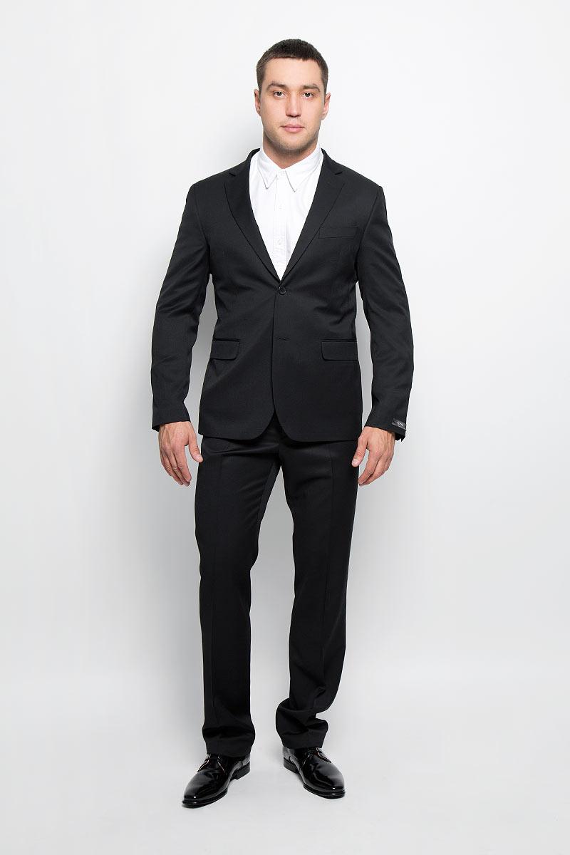 Пиджак мужской BTC Slim, цвет: черный. 12.013977. Размер 48-17612.013977Стильный мужской пиджак BTC Slim изготовлен из высококачественного материала, обеспечивающего комфорт и удобство при носке. Ткань тактильно приятная, хорошо пропускает воздух. Подкладка изделия выполнена из полиэстера.Приталенный пиджак с длинными рукавами и отложным воротником с лацканами застегивается на две пуговицы. Модель оснащена прорезным карманом на груди и двумя прорезными карманами с клапанами в нижней части изделия. Внутри расположены три прорезных кармана, один из которых застегивается на пуговицу. На спинке предусмотрена центральная шлица. Низ рукавов декорирован пуговицами.Лаконичный дизайн и совершенство стиля подчеркнут вашу индивидуальность!