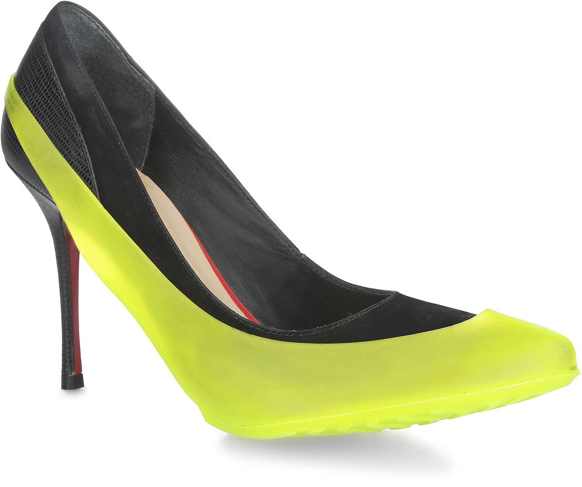 Галоши на обувь женские Мир Галош, цвет: желтый. WKL. Размер 36/39WKLСтильные женские галоши предназначены для защиты обуви без платформы и с высотой каблука от 5 до 15 см. Модель выполнена из резины с добавлением силикона. Сначала на обувь надевается носочная часть галош, а затем пяточная часть. Галоши защищают обувь от влаги, грязи, снега, соли и песка. Модель принимает форму обуви, легко моется и быстро сохнет. Рифление на подошве обеспечивает отличное сцепление с любой поверхностью. Модные галоши не только защитят вашу обувь, они помогут изменить ее внешний вид, сделав его более эффектным.