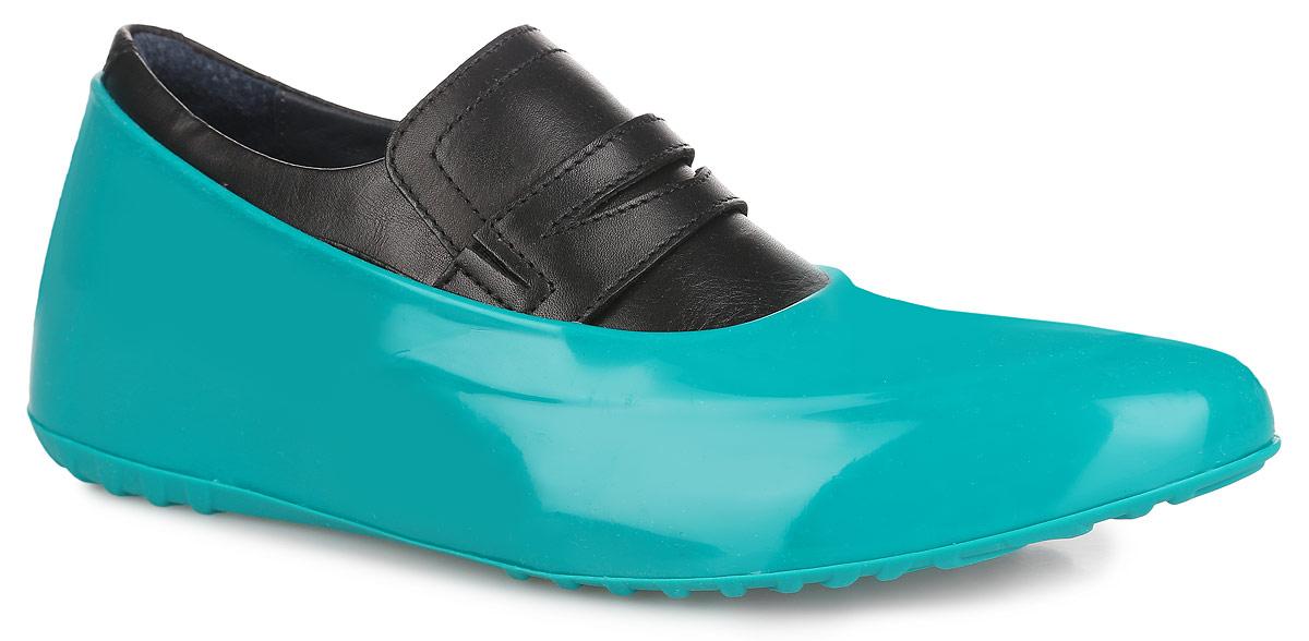 Галоши на обувь женские Мир Галош, цвет: темно-бирюзовый. WGM. Размер 37/38WGMСтильные женские галоши предназначены для защиты обуви без каблука. Модель выполнена из силикона с добавлением резины. Галоши легко надеваются на обувь и принимают ее форму. Они защищают обувь от влаги, грязи, снега, соли и песка. Также галоши оберегают заднюю часть обуви от повреждения при нажатии на педали автомобиля. Галоши легко моются и быстро сохнут. Рифление на подошве обеспечивает отличное сцепление с любой поверхностью. Модные галоши не только защитят вашу обувь, они помогут изменить ее внешний вид, сделав его более эффектным.