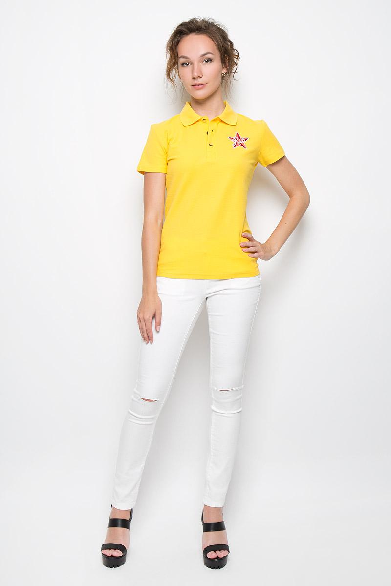 Поло женское Finn Flare, цвет: желтый. S16-11098_410. Размер XL (50)S16-11098_410Стильная женская футболка-поло Finn Flare с короткими рукавами, изготовленная из натурального хлопка, необычайно мягкая и приятная на ощупь, не сковывает движения, обеспечивая наибольший комфорт.Модель прямого кроя дополнена отложным воротником-поло и застежкой на три пуговицы. На груди футболка оформлена оригинальной вышивкой. Эта футболка-поло очень женственна и элегантна, дополнит любой ваш образ.