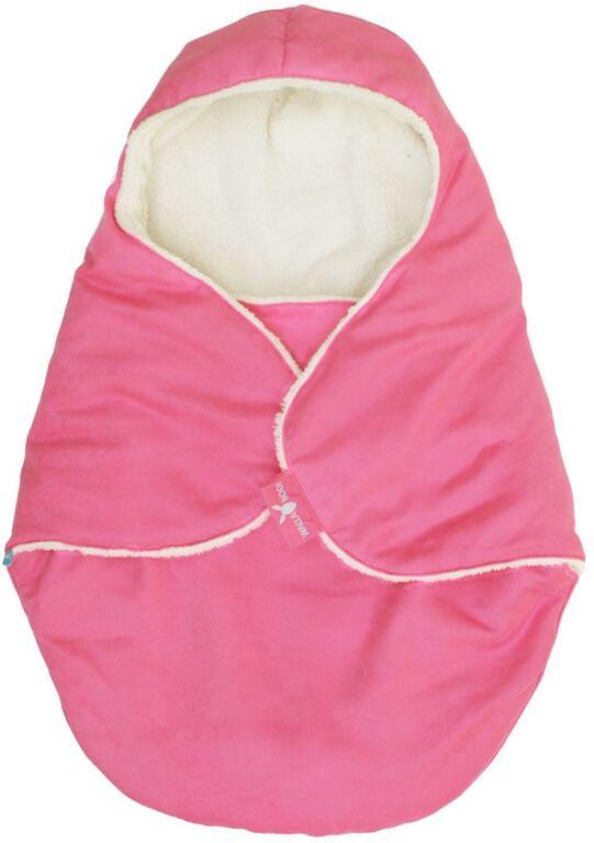 Конверт-кокон для новорожденного Wallaboo, цвет: розовый. BCN.0815.4803. Размер 0месBCN.0815.4803Конверт-кокон для новорожденного Wallaboo выполнен из высококачественной искусственной замши, имеет подкладку из искусственного меха на основе полиэстера. Конверт утеплен синтепоном. Он подойдет для малышей с самого рождения. Верхняя часть конверта выполнена в виде капюшона, она бережно обхватывает голову малыша и не даст ему замерзнуть. Ножки ребенка всегда будут в тепле благодаря удобному откидывающемуся клапану. Конверт не имеет застежек, что обеспечивает дополнительную безопасность при использовании. Такой конверт не ограничивает движения малыша и подарит ему чувство комфорта. Такой конверт подойдет для большинства колясок и детских сидений.