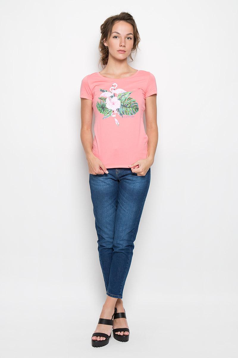Футболка женская F5 Flamingo, цвет: розово-коралловый. 160083_12380. Размер XL (50)160083_12380_coralСтильная женская футболка F5 Flamingo, выполненная из натурального хлопка, обладает высокой теплопроводностью, воздухопроницаемостью и гигроскопичностью, позволяет коже дышать. Модель с короткими рукавами и круглым вырезом горловины - идеальный вариант для создания стильного современного образа. Футболка оформлена оригинальным принтом с изображением фламинго в цветах.