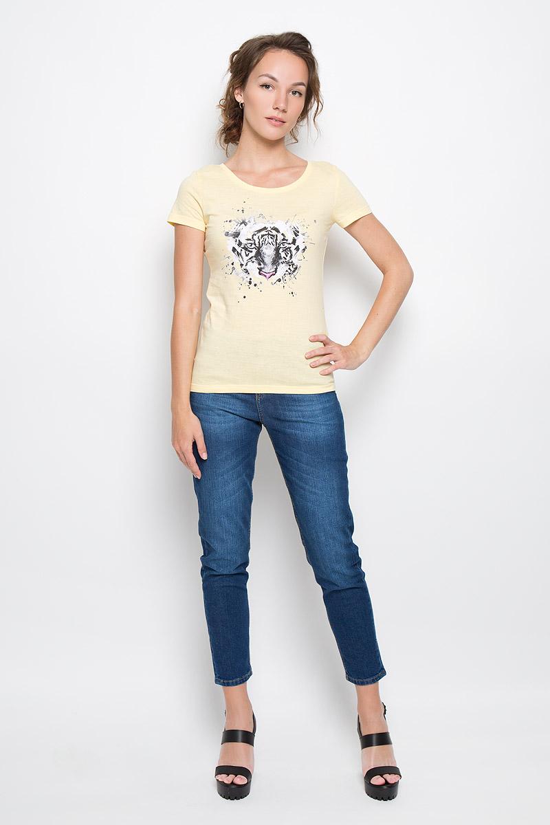 Футболка женская F5 Tiger, цвет: желтый. 160093_12380. Размер XL (50)160093_12380_light yellowСтильная женская футболка F5 Tiger, выполненная из натурального хлопка, обладает высокой теплопроводностью, воздухопроницаемостью и гигроскопичностью, позволяет коже дышать. Модель с короткими рукавами и круглым вырезом горловины - идеальный вариант для создания стильного современного образа. Футболка украшена крупным принтом с изображением морды тигра.Такая модель подарит вам комфорт в течение всего дня и послужит замечательным дополнением к вашему гардеробу.