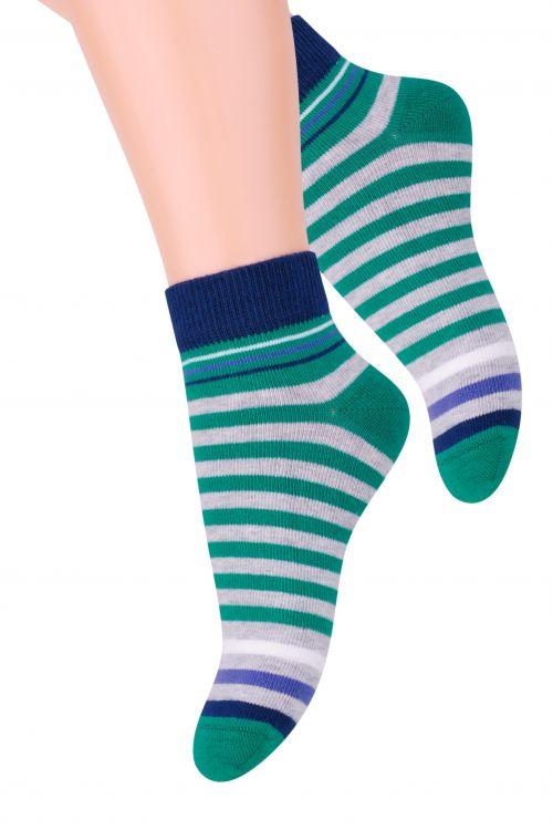 Носки для мальчика Steven, цвет: зеленый, темно-синий, серый. 004 (RA95). Размер 26/28, 4-5 лет004 (RC95)/004 (RB95)/004 (RA95)Хлопковые носки для мальчика Steven отлично подойдут для повседневной носки.Они изготовлены из высококачественного материала, очень мягкие на ощупь, не раздражают даже самую нежную и чувствительную кожу. Оформлено изделие цветными полосками. Такие носки послужат замечательным дополнением к детскому гардеробу!