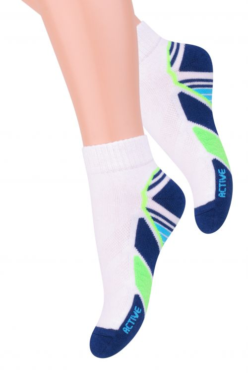 Носки детские Steven, цвет: белый, темно-синий. 004 (RB84). Размер 29/31, 5-7 лет004 (RB84)Хлопковые молодёжные носки для повседневной носки. Узоры в спортивном стиле. Выпускаются в нескольких цветовых сочетаниях. Хлопок:73%; полиамид: 24%; эластан: 2%; elastodien:1%