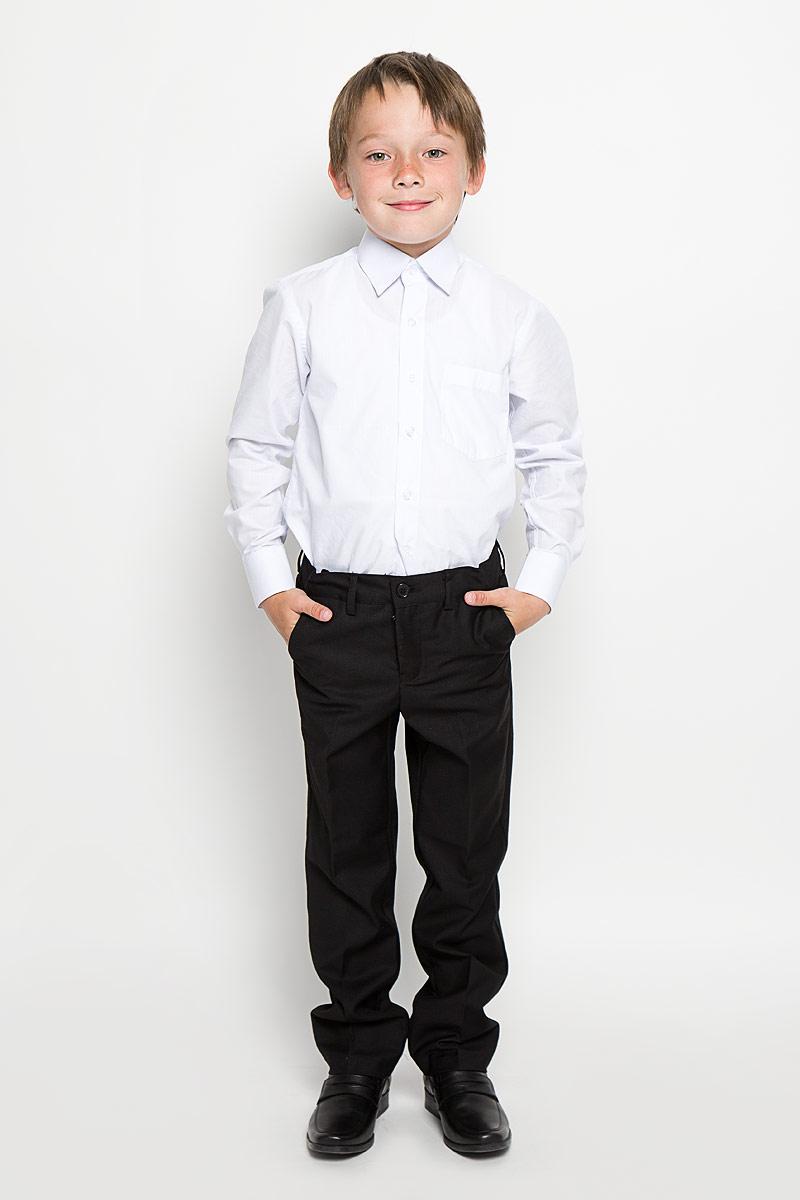 Брюки для мальчика Scool, цвет: черный. 363023. Размер 164, 14 лет363023Классические брюки для мальчика Scool идеально подойдут вашему ребенку для школьного гардероба. Изготовленные из полиэстера с добавлением вискозы, они необычайно мягкие и приятные на ощупь, не сковывают движения и позволяют коже дышать, не раздражают нежную кожу ребенка, обеспечивая ему наибольший комфорт. Брюки классического кроя на талии имеют пояс на пуговице, также имеются шлевки для ремня и ширинка на металлической застежке-молнии. С внутренней стороны пояс можно утянуть скрытой резинкой на пуговицах. Спереди брюки дополнены двумя втачными карманами с косыми краями, а сзади - одним прорезным карманом на пуговице. Оформлены брюки заутюженными стрелками. Эта универсальная модель, подходящая под различные варианты жакетов, пиджаков, джемперов и водолазок.