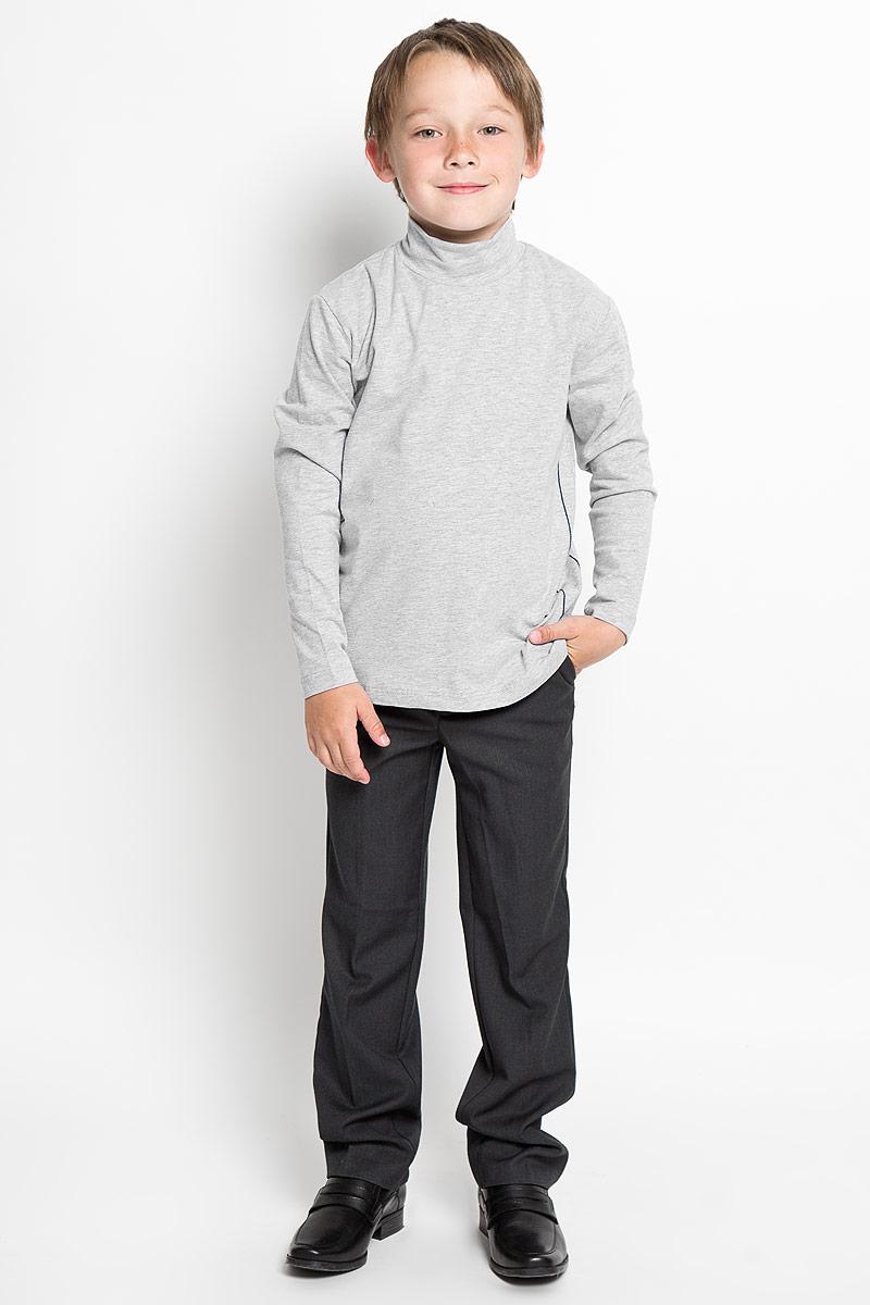 Водолазка для мальчика Nota Bene, цвет: светло-серый меланж. AW15BS313B-54. Размер 158AW15BS313A-54/AW15BS313B-54Практичная водолазка для мальчика Nota Bene идеально подойдет вашему ребенку, как для школы, так и для повседневной носки. Изготовленная из хлопка с добавлением эластана, она мягкая и приятная на ощупь, не сковывает движения и позволяет коже дышать, не раздражает даже самую нежную и чувствительную кожу ребенка, обеспечивая ему наибольший комфорт. Классическая однотонная модель с длинными рукавами дополнена воротником-стойкой и оформлена контрастной отстрочкой. В такой водолазке вашему юному мужчине будет удобно и комфортно.