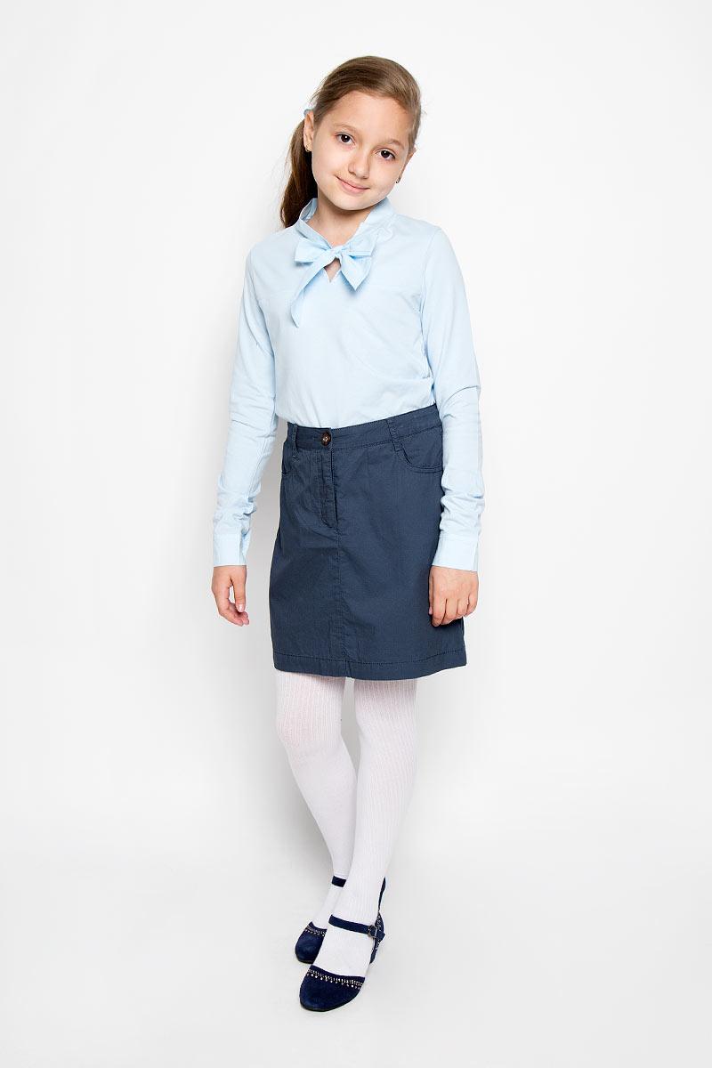 Юбка для девочки Finn Flare Kids, цвет: темно-синий. KB16-75037J. Размер 134, 8-9 летKB16-75037JСтильная юбка для девочки Finn Flare Kids идеально подойдет для школы. Изготовленная из натурального хлопка, она необычайно мягкая и приятная на ощупь, не сковывает движения малышки и позволяет коже дышать, не раздражает даже самую нежную и чувствительную кожу ребенка, обеспечивая ему наибольший комфорт. Юбка застегивается на пуговицу в поясе и ширинку на застежке-молнии. Имеются шлевки для ремня. При необходимости в поясе ее можно утянуть скрытой резинкой на пуговках. Спереди модель дополнена двумя прорезными карманами, сзади двумя накладными карманами на пуговицах. В сочетании с любым верхом, юбка выглядит строго, красиво, достойно. Оригинальный современный дизайн делает эту юбку модным и стильным предметом детского гардероба. В ней ваша маленькая леди всегда будет в центре внимания!