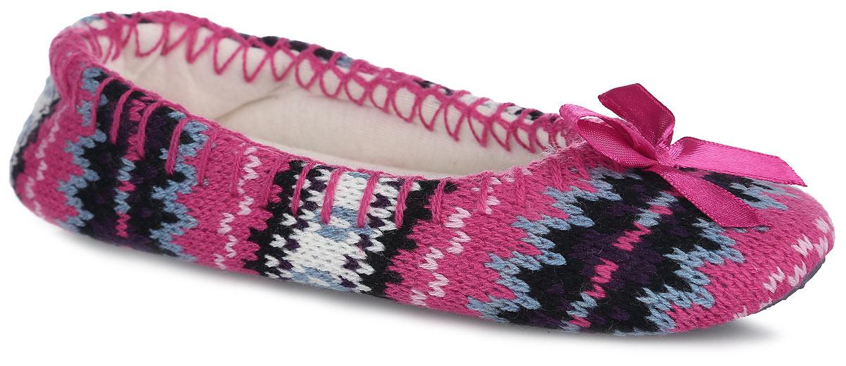 Тапки для девочки Bris, цвет: розовый, черный, серый. 317-16 WB. Размер 32 (31)317-16 WBЛегкие и мягкие домашние тапки от Bris придутся по душе вашей девочке! Верх модели выполнен из вязаного текстиля и оформлен вдоль канта декоративным швом. Мыс изделия украшен декоративным бантиком. Мягкая стелька и подкладка из текстиля не дадут ногам вашей девочки замерзнуть. Подошва из текстиля с противоскользящей поверхностью обеспечивает идеальное сцепление с любой поверхностью пола. Чудесные тапки подарят чувство уюта и комфорта.